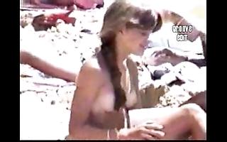 Beach girls 1