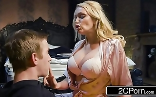Bonking his buddy's hawt old woman amber jayne