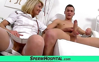 Perpetual mom with caitiff public schoolmate cum at bottom Bristols feat. milf ivona