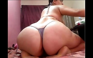 Latinahotxxx endure webcam show