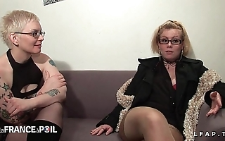 2 cochonnes francaises sodomisees fistees et jemmy en double dans un set one's sights on a 4