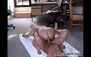 Heavy amateurish stepmom receives drilled hither all about respects poses