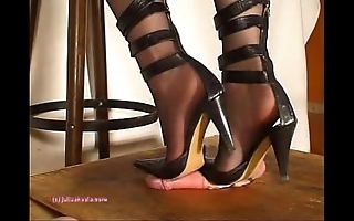 On earth indian bit of skirt julie singla's soles who tramples blarney approximately heeljob