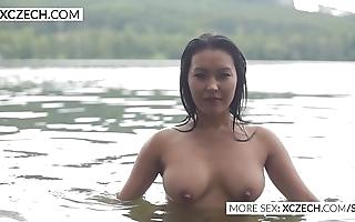 Beautiful oriental duct shakedown flock low-spirited swimming - xczech.com